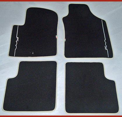 Fiat 500 original Teppich Fußmatten elfenbein Logo Schrift Borte OVP NEU